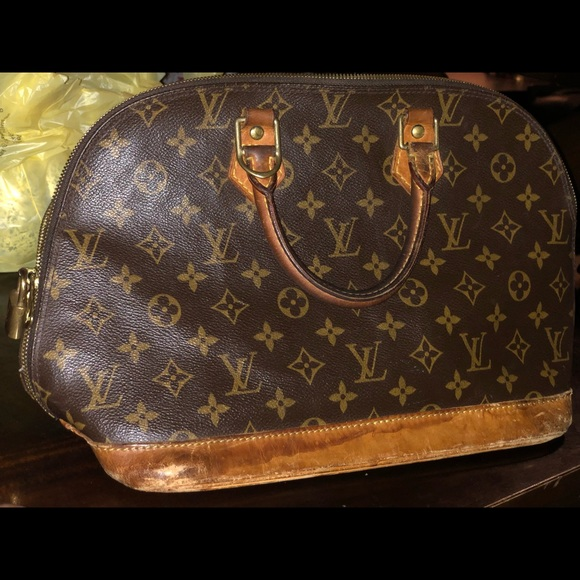 Louis Vuitton Handbags - Vintage Louis Vuitton bag